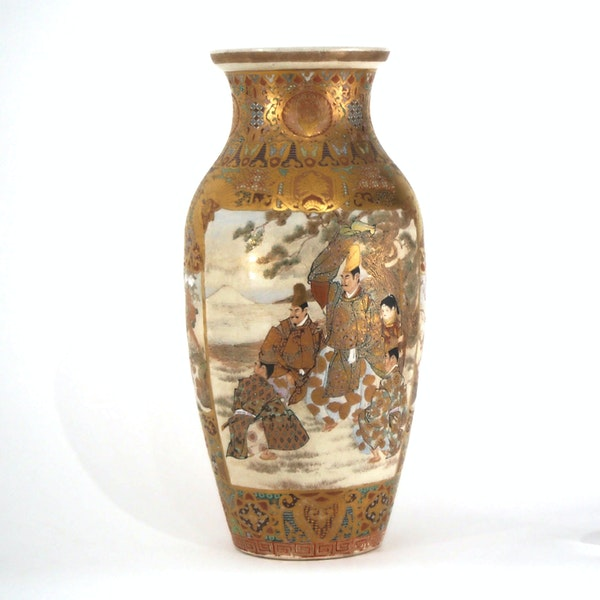 Japanese Satsuma vases with Samurai decoration - image 10