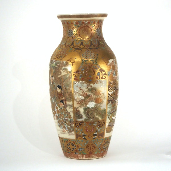 Japanese Satsuma vases with Samurai decoration - image 9