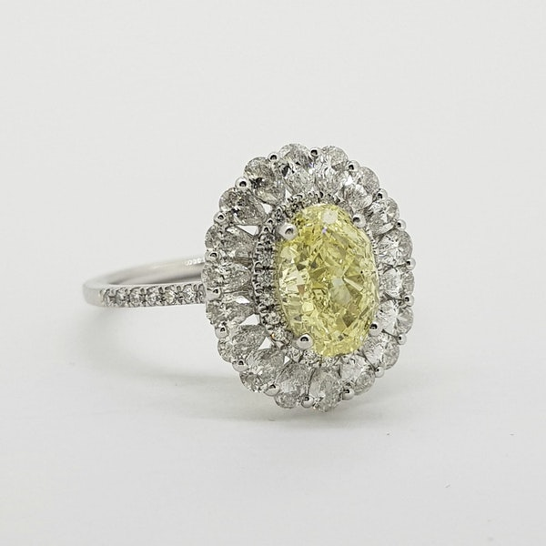 Oval Fancy Yellow Diamond cluster ring with GIA cert - image 2
