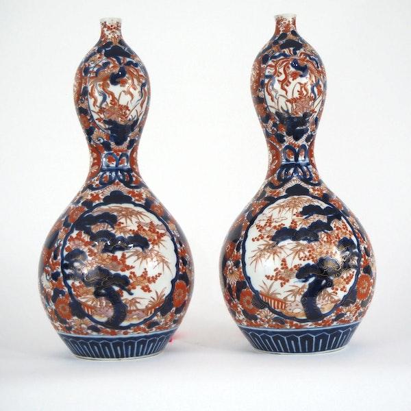 Pair Imari gourd shape vases - image 2