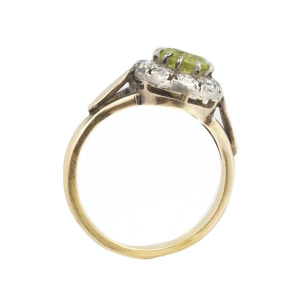 Peridot and diamond ring. Spectrum - image 2
