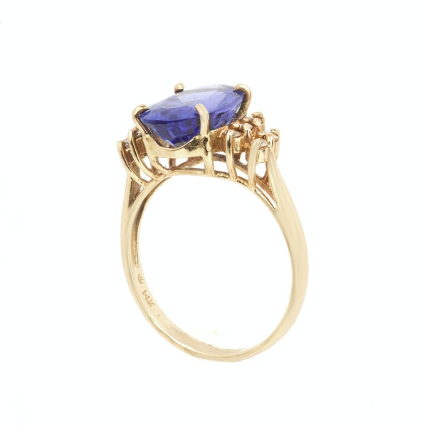 Tanzanite and diamond show stopping ring. Spectrum Antiques - image 2