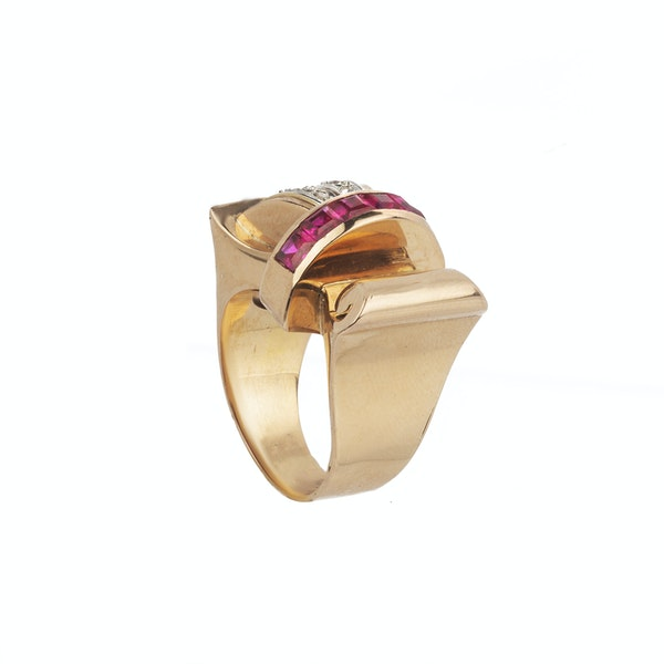 Cocktail 1930's ruby and diamond ring. Spectrum - image 2