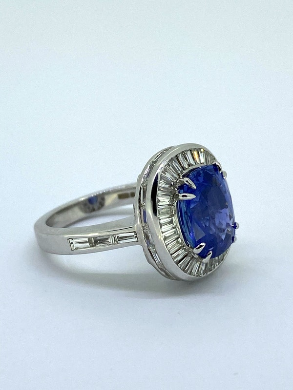 Ceylon Sapphire and Diamond Ring - image 2