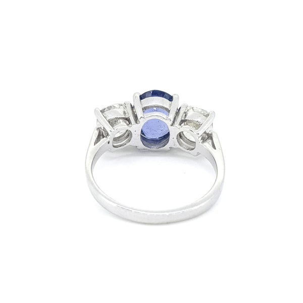 Natural Sapphire and Diamond 3 stone ring - image 3