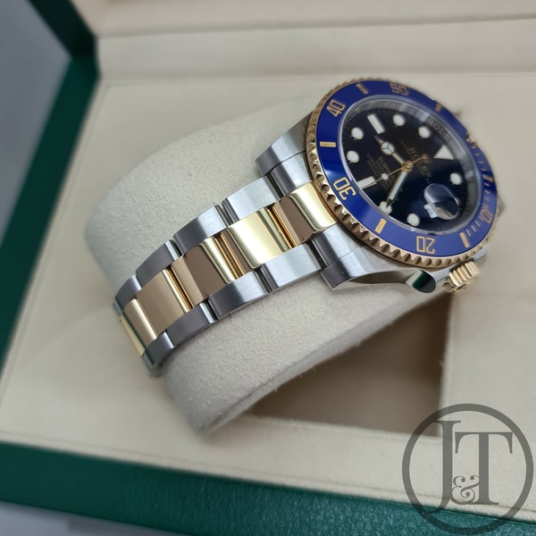 Rolex Submariner Date 116613LB 2019 - image 4