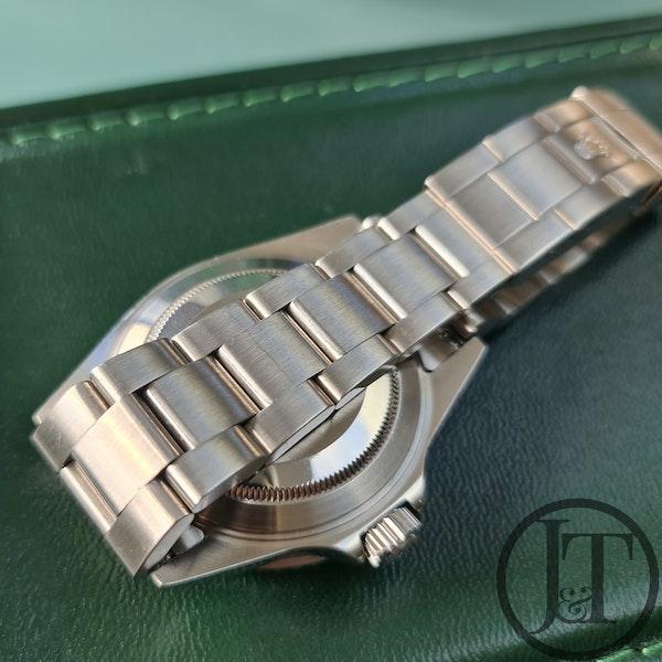 Rolex Submariner Date 16610 2004 - image 4