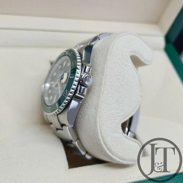 Rolex Submariner Date 116610LV Hulk 2018 - image 5