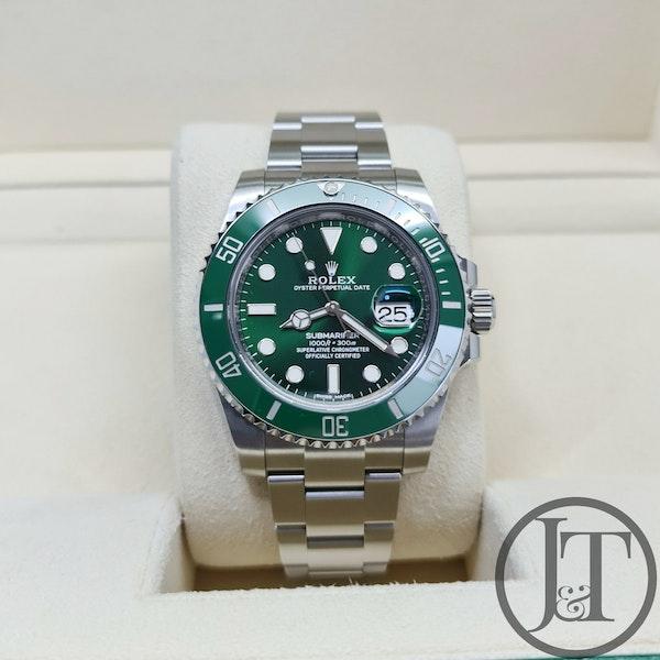 Rolex Submariner Date 116610LV Hulk 2018 - image 2