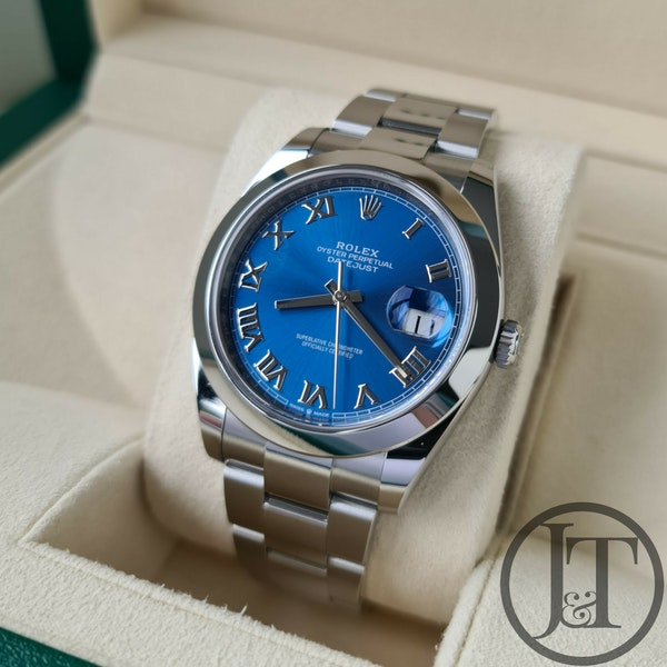 Rolex Datejust 41 126300 Azzurro Blue Dial - image 2