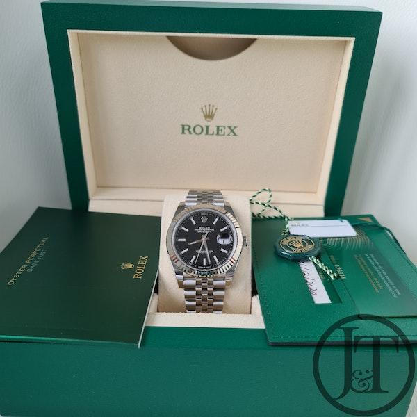 Rolex Datejust 41 126334 Black Baton Jubilee - image 8