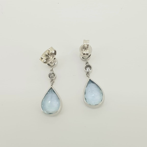 Aquamarine and diamond drop earrings A 4cts D 0.66cts - image 3