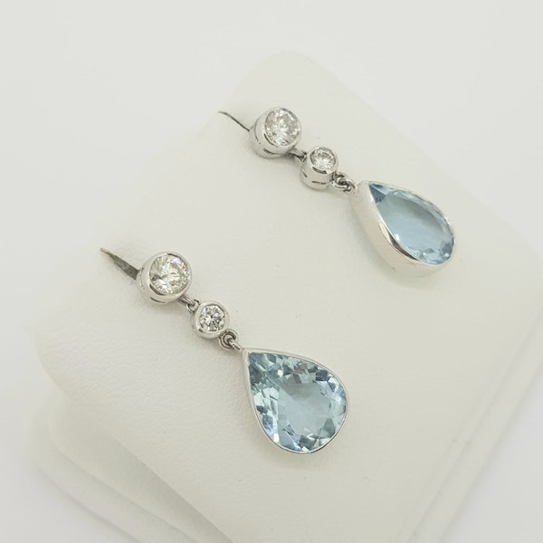 Aquamarine and diamond drop earrings A 4cts D 0.66cts - image 2