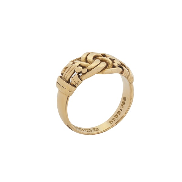 An 18 Carat Gold Knot Ring - image 2