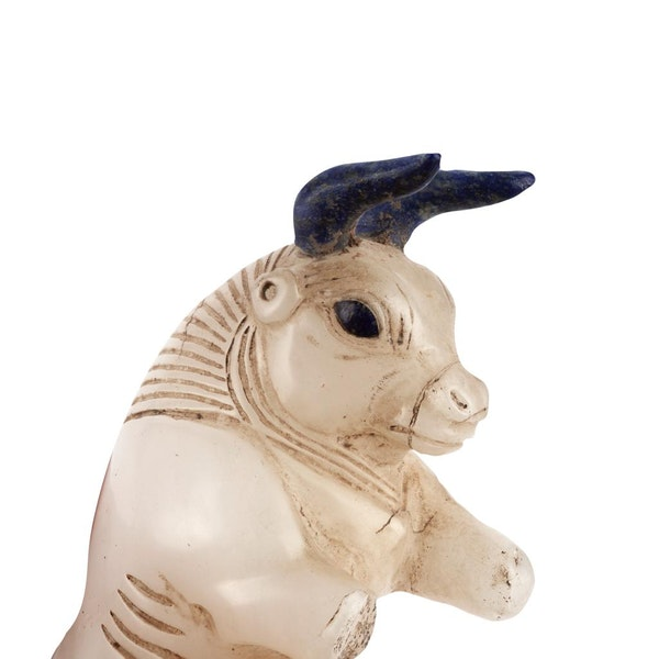Alabaster Bull with Lapis lazuli horns - image 2