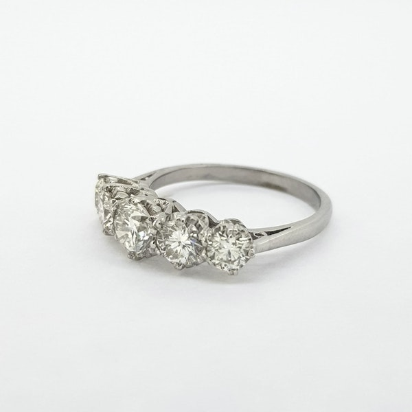 Diamond 5 stone ring, 2cts - image 3