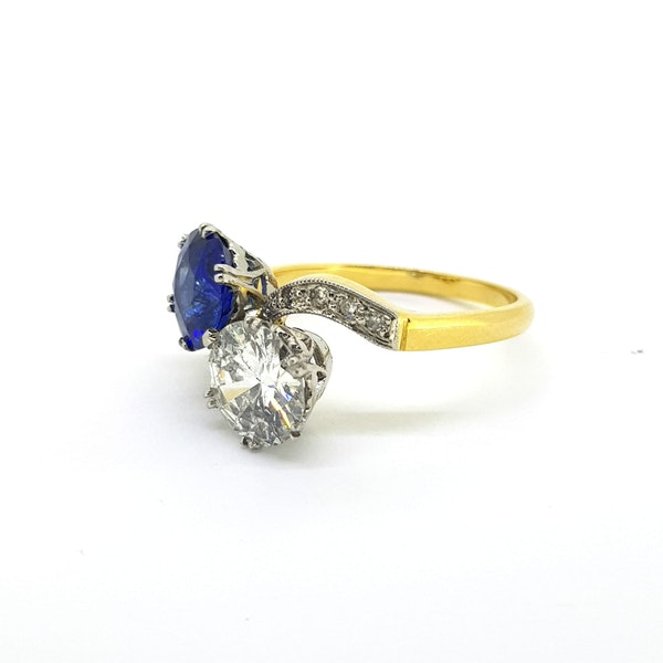 "Sapphire and Diamond ""Toi et Moi"" ring - image 3"