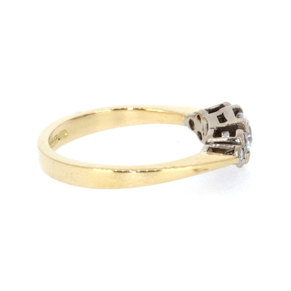 0.40ct Diamond Solitaire Ring. S.Greenstein - image 4