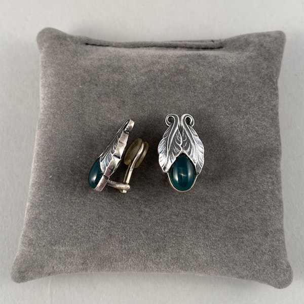 Date: 2008, Georg Jensen, Silver & Green Agate clip Earrings, SHAPIRO & Co since1979 - image 5