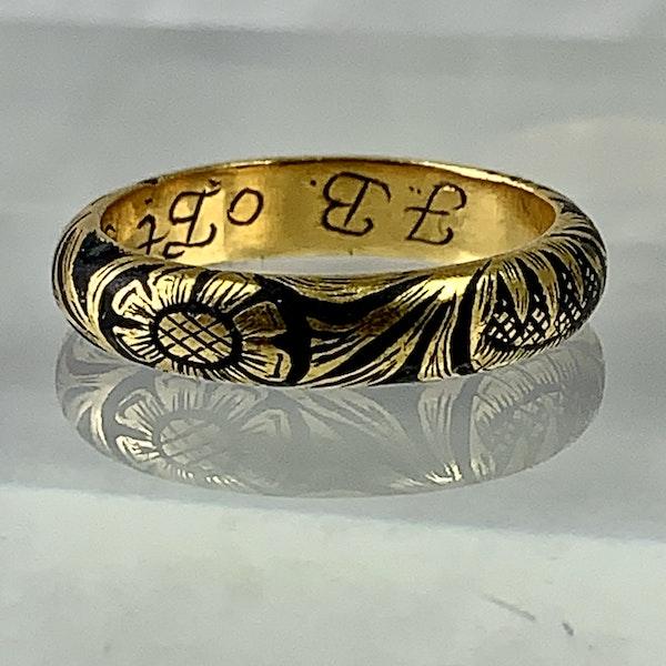 Memento mori gold ring - image 3