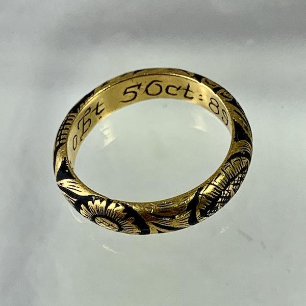 Memento mori gold ring - image 4