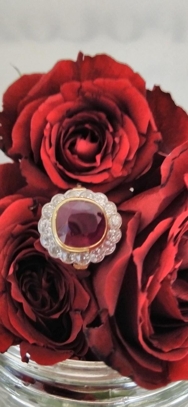 Natural Ruby and Diamond Ring - image 3