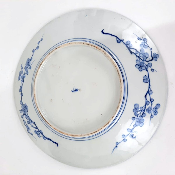 Japanese blue and white plate with fish painting - image 3