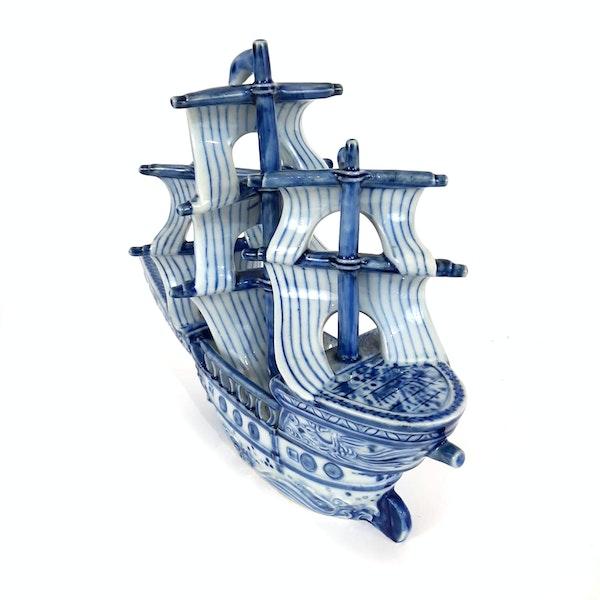 Japanese blue and white Arita ware boat - image 4