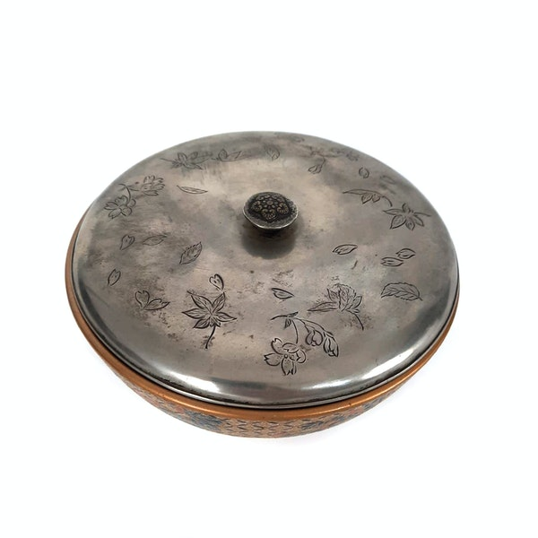 Japanese satsuma bon bon bowl with silver lid - image 5