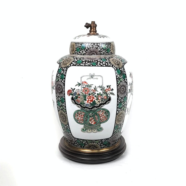 Chinese famille verte ginger jar that has been converted into a lamp - image 3