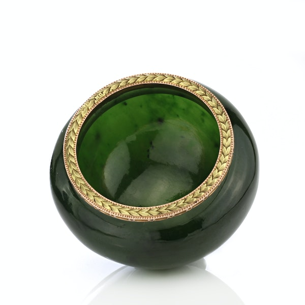 Russian Faberge gold mounted nephrite bowl, Michael Perchin, St. Petersburg 1899-1903 - image 3