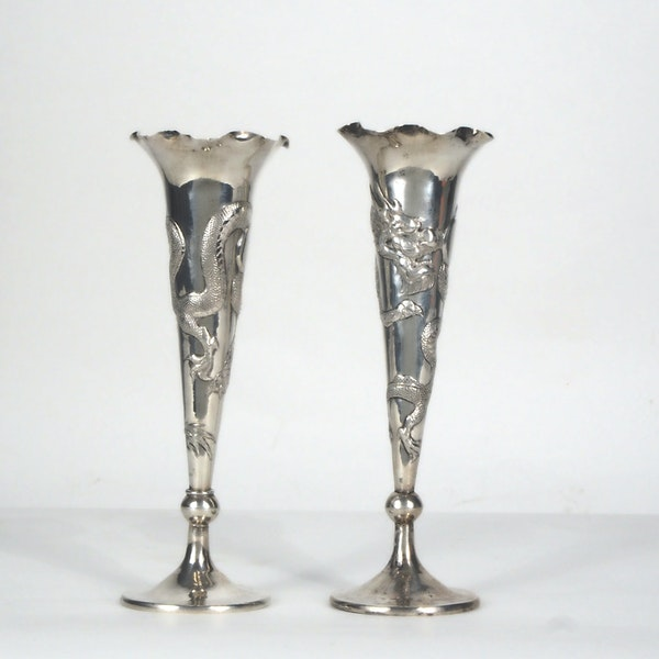 Pair Chinese silver fluted vases decorated with dragons - image 4