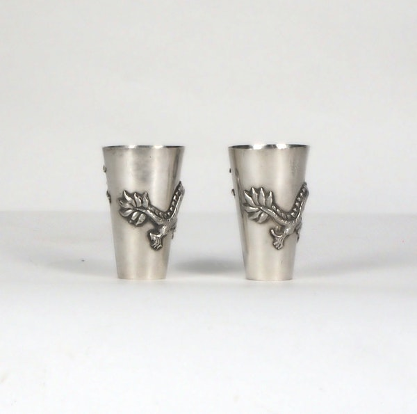 Pair Chinese silver shot glasses - image 4
