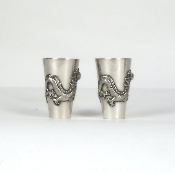 Pair Chinese silver shot glasses - image 3