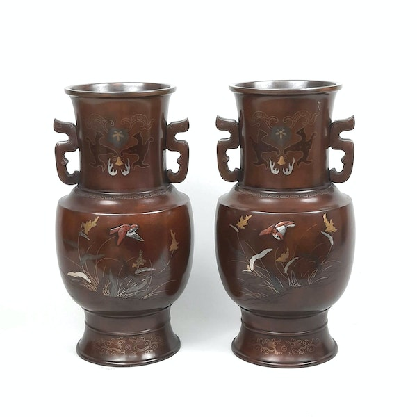 Pair Japanese bronze vases with sparrow decoration - image 6