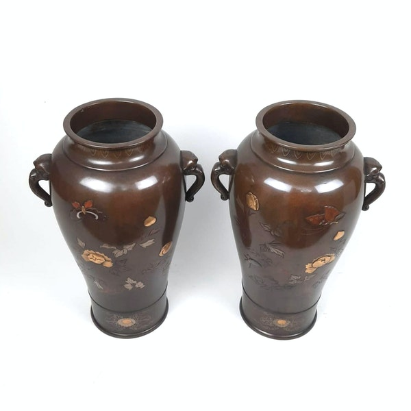Pair Japanese bronze vases with kingfishers - image 2