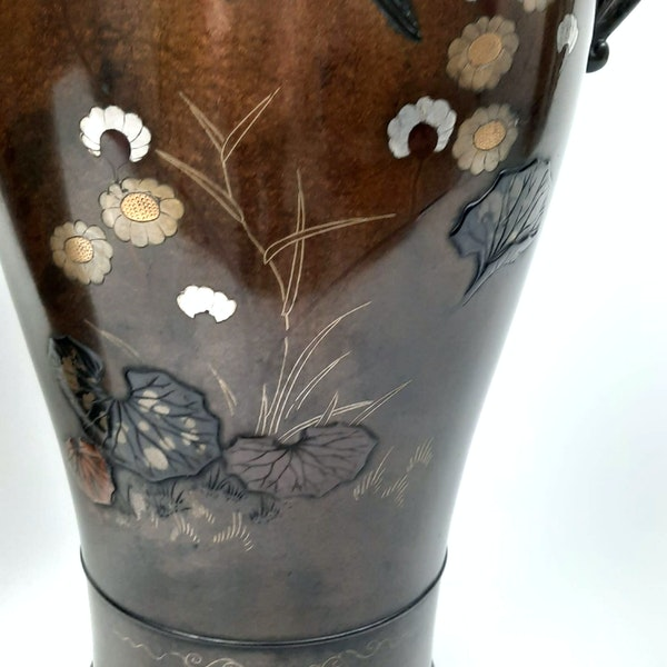 Pair Japanese bronze vases with kingfishers - image 6