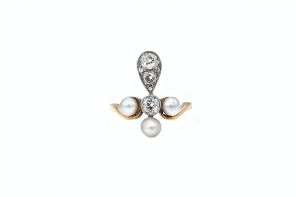 Pearl and diamond Fleur-de-lis Ring - image 2