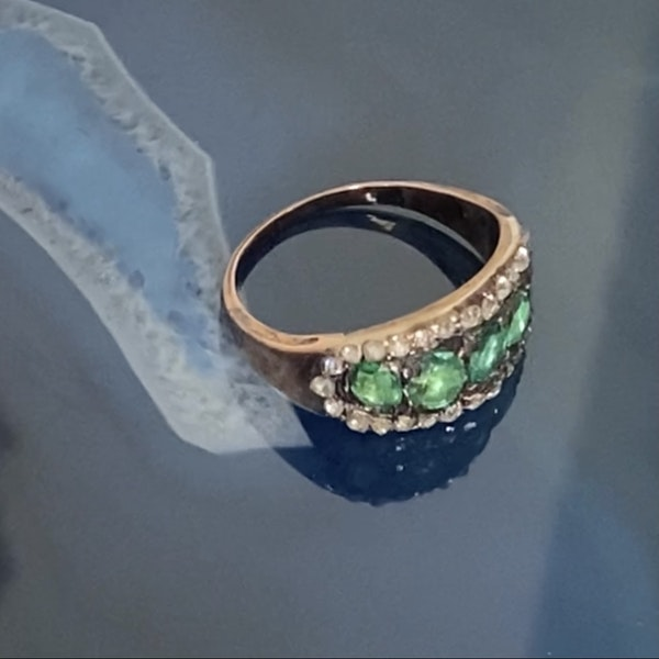 A Georgian Emerald Gold Ring - image 3