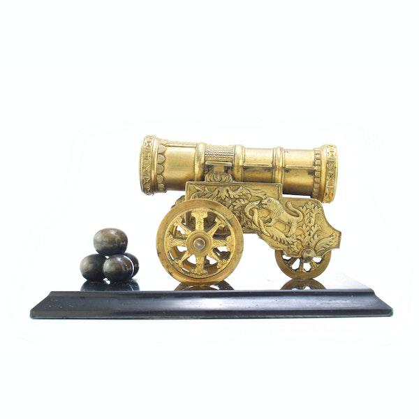 """Russian gild bronze model of cannon """"Tsar Cannon"""" a private bronze foundry c.1880 - image 1"""