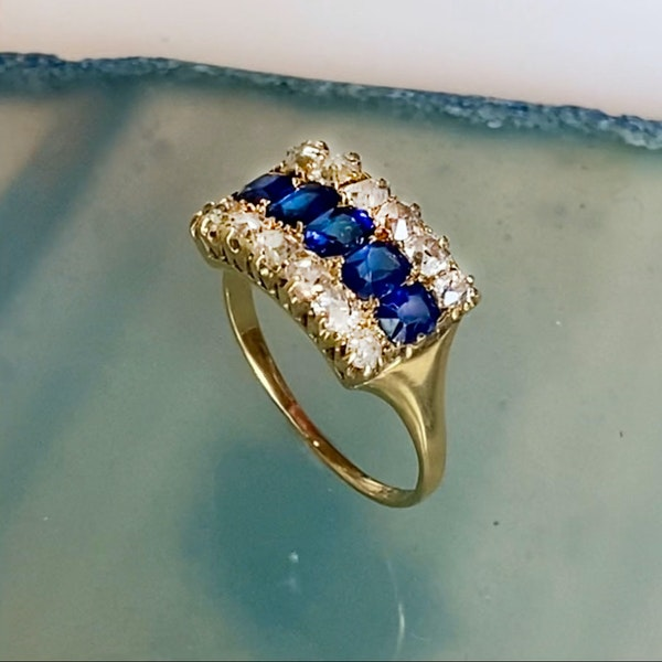 An antique Sapphire and Diamond Ring - image 3
