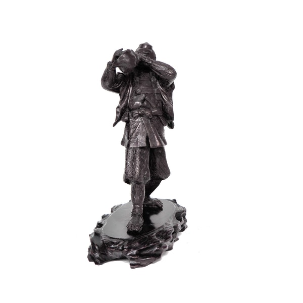 Japanese bronze statue of a Samurai blowing a conch shell - image 9