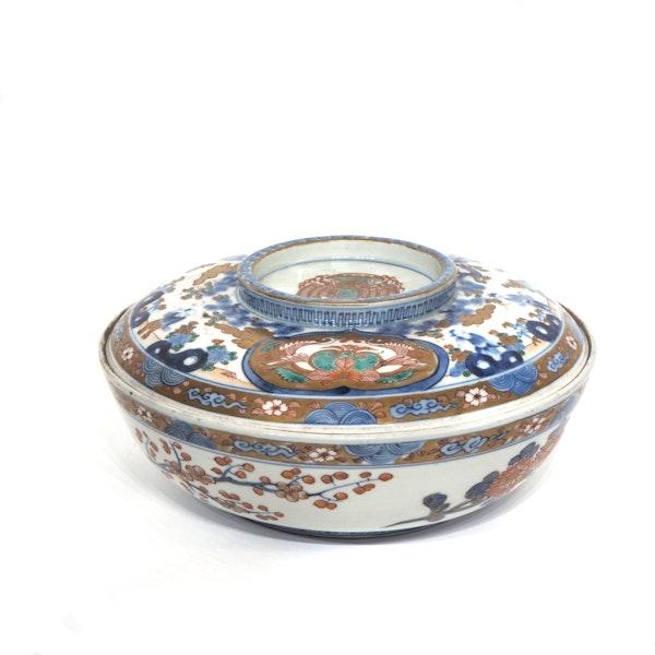 Large Japanese Imari bowl - image 3