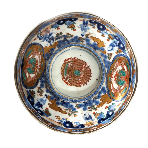 Large Japanese Imari bowl - image 5