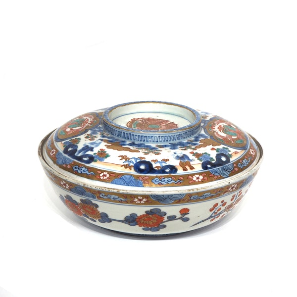 Large Japanese Imari bowl - image 4