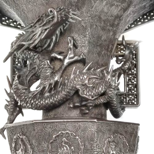 Pair Japanese Bronze Vases. Meiji Period ( 1868-1912 ) - image 7