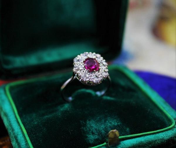 A very fine Burmese Ruby & Diamond Cluster Ring set in Platinum, English, Circa 1930 - image 2