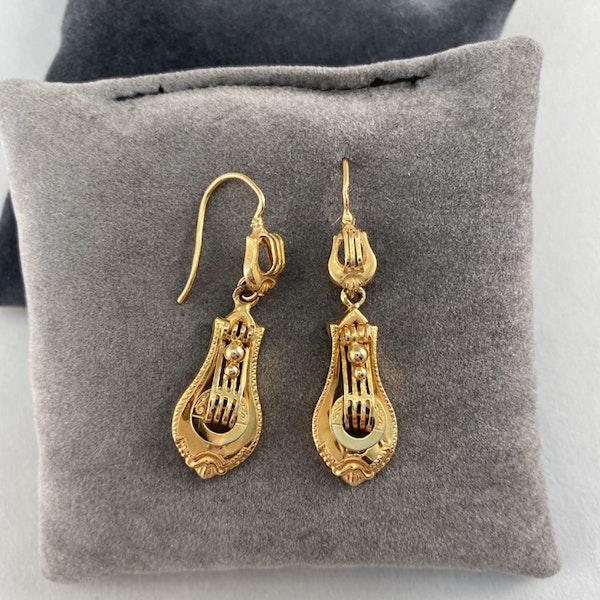 Date: circa 1900, 18ct Yellow Gold Earrings, SHAPIRO & Co since1979 - image 4