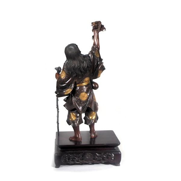 Japanese Meiji Period bronze figure of Gama Sennin - image 3