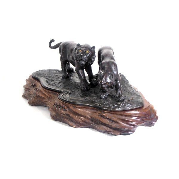 Pair Japanese bronze tigers on a wood base - image 2